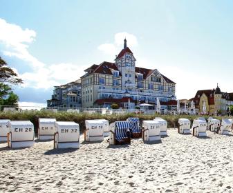Hotels ferienwohnungen for Hotel direkt an der nordsee